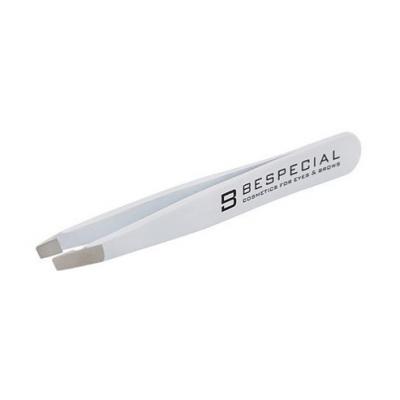Пинцет для коррекции бровей Bespecial скошенный (белый, Soft Touch): фото