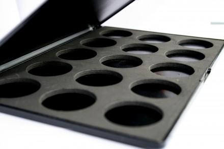 Пустой бокс для теней на 15 цветов Cinecitta Empty Box For Shadows 15 Colors: фото